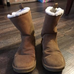 American Eagle Mid size boots size 9